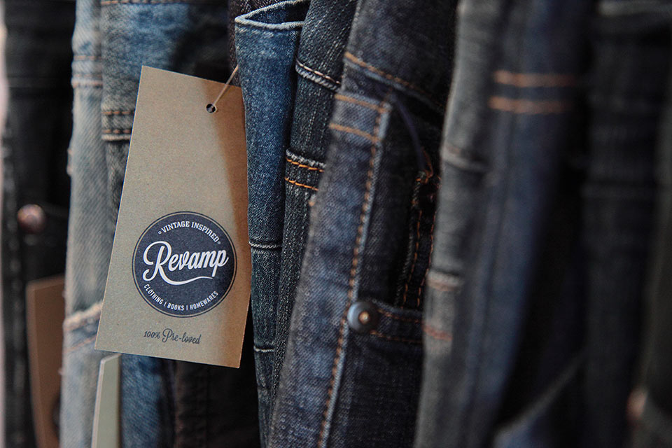 Revamp-Jeans-Tag