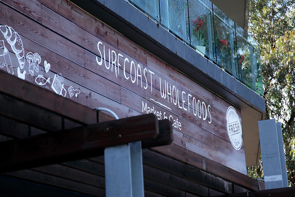 Surfcoast-Wholefoods-Eaves-Sign