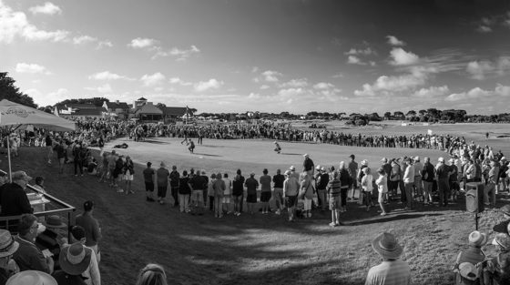 18th-Hole-crowd-B&W