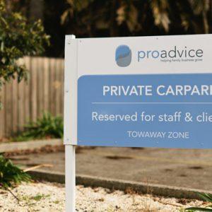 Proadvice-park-signage