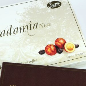 Snows-Macadamia-Close