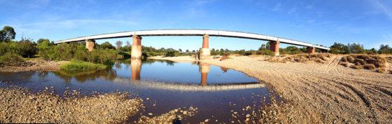 Train-Bridge-pana