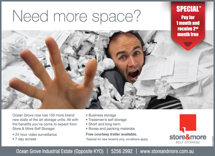 Store&More-man-in-paper-advert